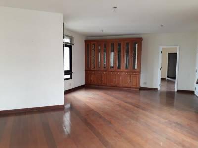 Apartamento de 208,00m²,  à venda  - Cod: 712