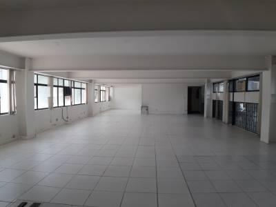 Prédio Comercial de 2.422,88m²,  à venda