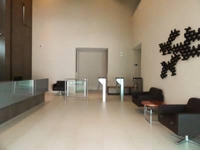 Sala, à Venda, 341,97 m²