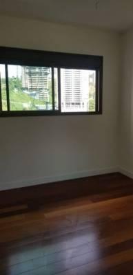 Apartamento, à Venda, 180,00 m²