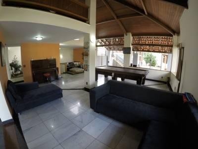 Casa de 2.065,00m²,  à venda