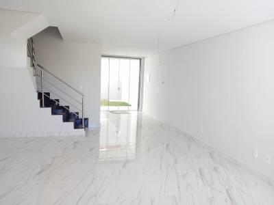 Casa de 118,00m²,  à venda