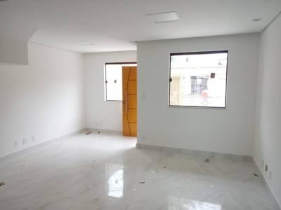 Casa de 102,00m²,  à venda