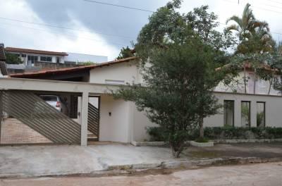 Casa de 191,95m²,  à venda