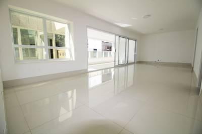 Apartamento de 166,00m²,  para alugar