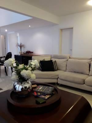 Apartamento de 221,00m²,  para alugar