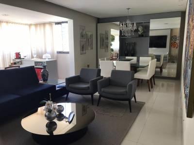 Apartamento de 156,00m²,  à venda