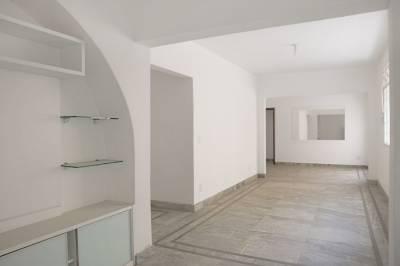 Área privativa de 134,00m²,  à venda