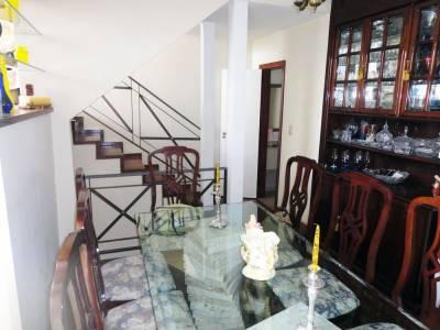 Apartamento Duplex de 184,00m²,  à venda