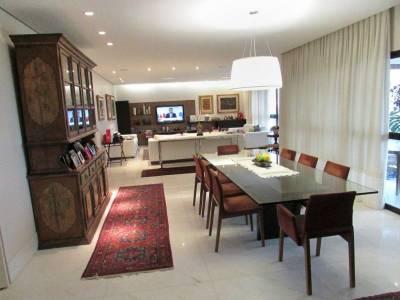 Apartamento de 279,36m²,  à venda
