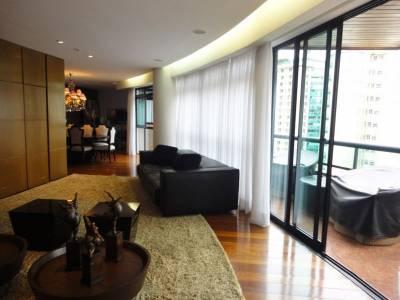 Apartamento de 192,00m²,  à venda