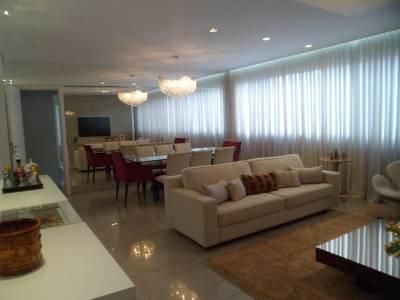 Apartamento de 134,73m²,  à venda