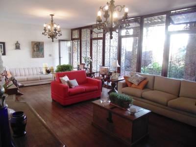 Casa de 329,00m²,  à venda
