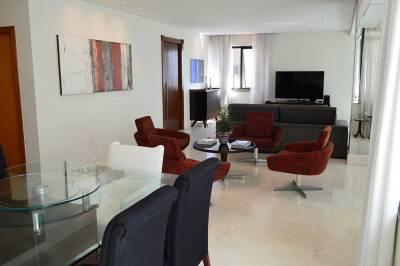 Apartamento de 204,00m²,  para alugar