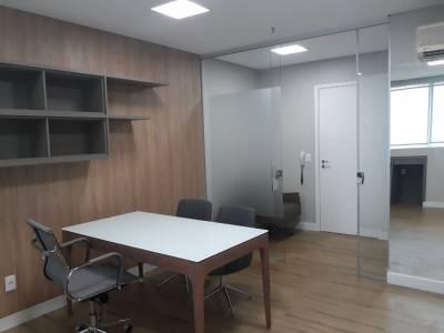 Sala de 27,00m²,  à venda