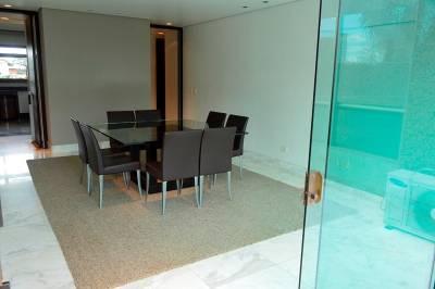Apartamento de 291,00m²,  para alugar