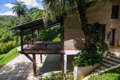Casa em condomínio de 350,00m²,  à venda