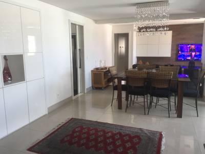 Apartamento de 141,00m²,  à venda
