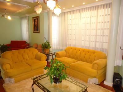 Casa de 460,00m²,  à venda