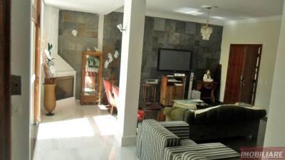 Casa de 550,00m²,  à venda