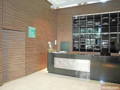 Sala de 57,80m²,  à venda
