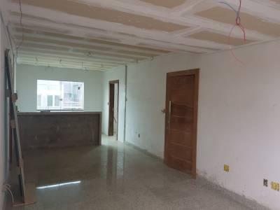 Área privativa de 122,00m²,  à venda