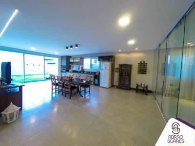Casa em condomínio de 336,00m²,  à venda