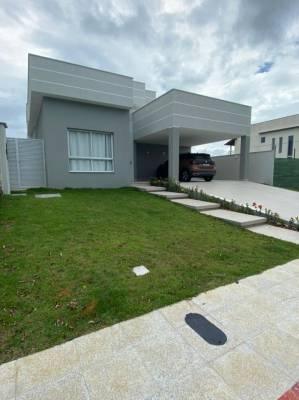 Casa em condomínio de 177,00m²,  à venda