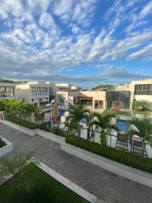 Casa em condomínio de 373,00m²,  à venda