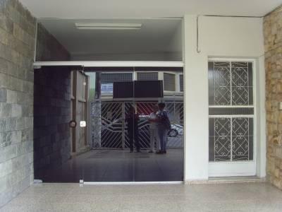 Casa comercial de 200,00m²,  para alugar