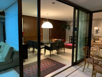 Apartamento de 201,53m²,  à venda