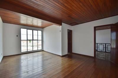 Casa de 350,00m²,  para alugar