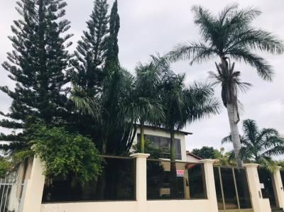 Casa de 890,00m²,  à venda