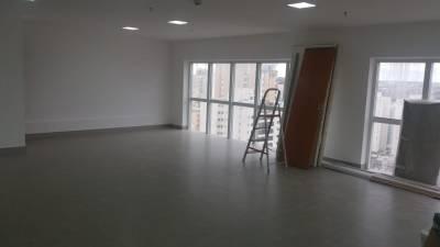 Sala de 147,00m²,  para alugar