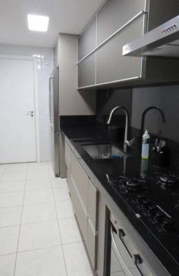 Apartamento de 92,60m²,  à venda