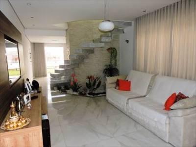 Casa geminada de 156,00m²,  à venda
