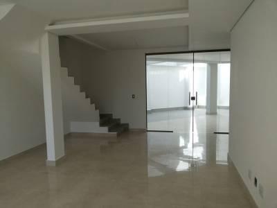 Casa geminada de 160,00m²,  à venda