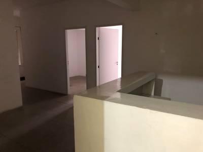 Sala de 85,00m²,  para alugar