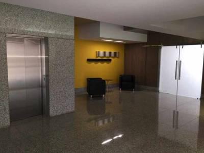 Apartamento de 96,84m²,  à venda