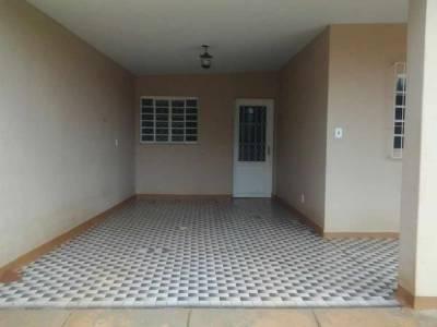 Casa de 112,00m²,  à venda