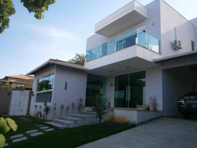 Casa de 254,00m²,  à venda
