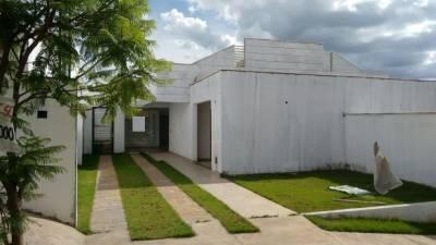 Casa em condomínio de 118,00m²,  à venda