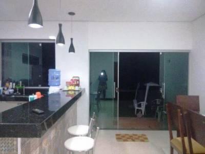 Casa em condomínio de 138,00m²,  à venda