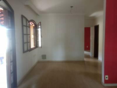 Casa de 256,00m²,  à venda