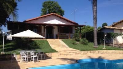 Casa em condomínio de 261,00m²,  à venda