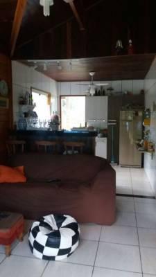 Casa em condomínio de 176,00m²,  à venda