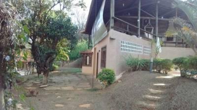 Casa em condomínio de 246,00m²,  à venda