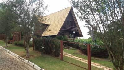 Casa em condomínio de 351,00m²,  à venda