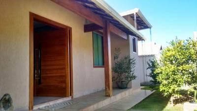 Casa em condomínio de 225,00m²,  à venda