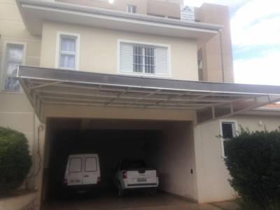 Casa de 400,00m²,  à venda